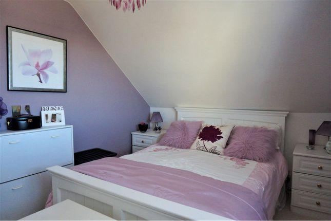 Bedroom of Wycombe Way, Luton LU3
