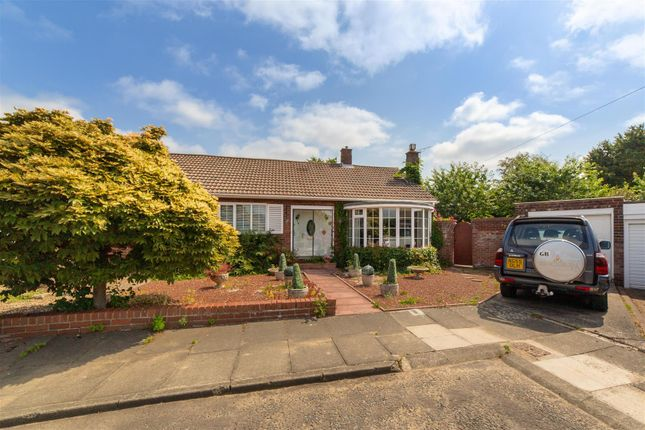 Thumbnail Semi-detached bungalow for sale in Linwood Place, Melton Park, Newcastle Upon Tyne