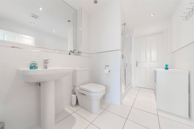 Guest En-Suite of The Residence, Chapel Drive, Stone, Kent DA2