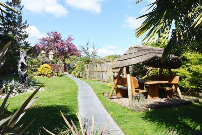 Noak Hill Road Romford Rm3 4 Bedroom Bungalow For Sale