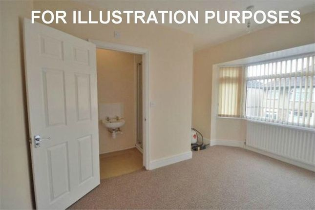 5 bed detached house to rent in Delapre Crescent Road, Far Cotton NN4