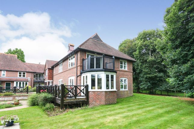 Thumbnail Flat for sale in Timbermill Court, Fordingbridge