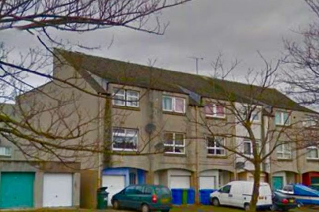 Thumbnail Town house to rent in Lumley Street, Grangemouth