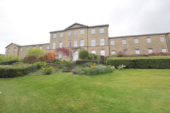 Thumbnail Flat for sale in Gainsborough Court, Skipton