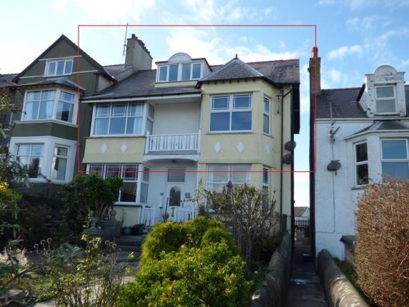 Thumbnail Maisonette for sale in Walthew Avenue, Holyhead, Sir Ynys Mon
