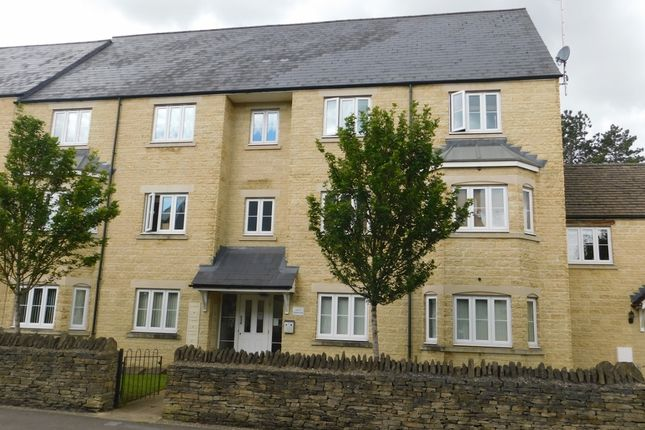Thumbnail Flat to rent in 3 Meadow Lane, Witney