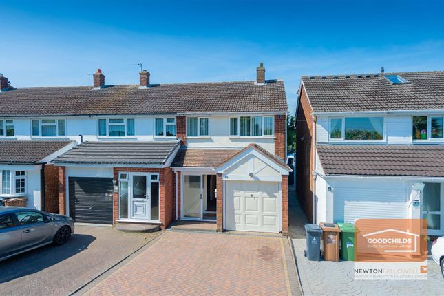 3 bed semi-detached house to rent in Poole Crescent, Brownhills, Walsall WS8