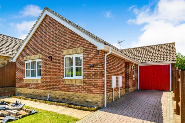 Thumbnail Detached bungalow for sale in Brewster Close, Halstead