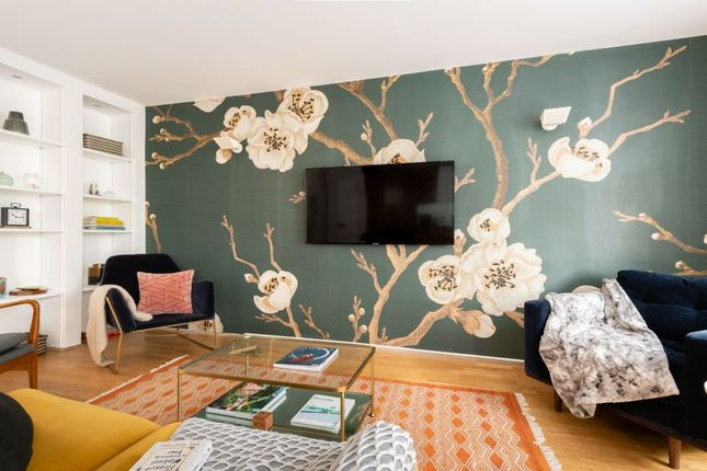 Thumbnail Flat to rent in Bellevue Road, London