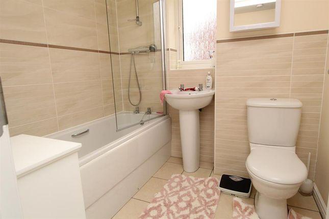 Bathroom of John Hall Close, Hengrove, Bristol BS14