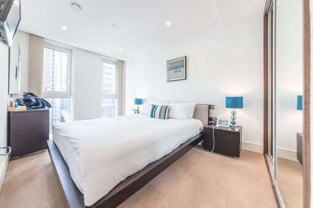 Thumbnail Flat to rent in Altitude Point, 71 Alie Street, Aldgate East, London
