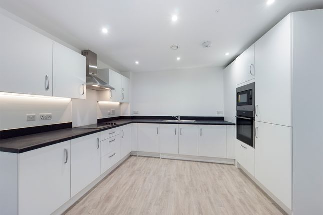 2 bed flat for sale in Polly's Field, Bocking, Braintree CM7