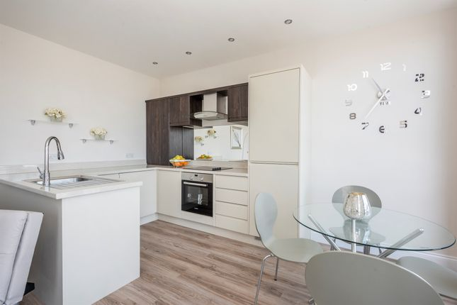 Thumbnail Flat for sale in South Quay, Great Yarmouth