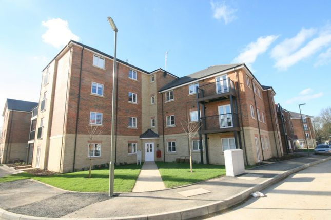 1 bed flat to rent in Winter Close, Epsom KT17