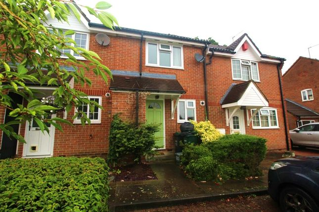 Thumbnail Terraced house to rent in Magnolia Avenue, Abbots Langley