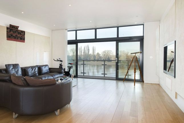 Thumbnail End terrace house for sale in Water's Edge, Palemead Close, Alphabet Streets, Fulham