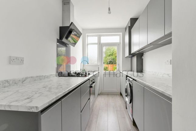 Thumbnail Flat to rent in Mayfield Road, Thornton Heath