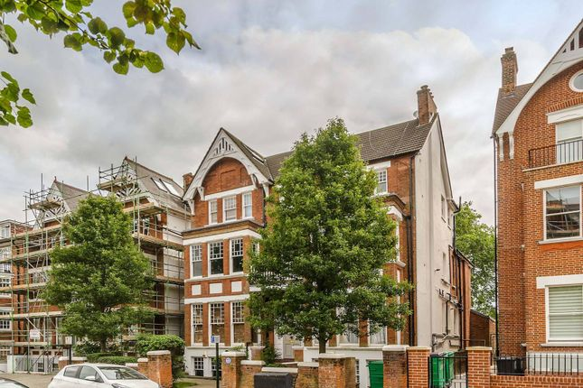 Thumbnail Flat for sale in Cleve Road, South Hampstead