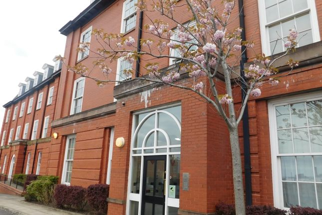 Thumbnail Flat to rent in Thompson Street, Stockport