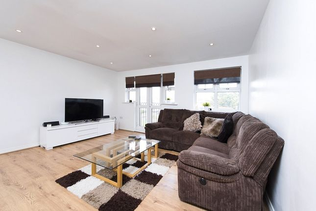 Picture No. 11 of Tingwall Court, 3 Bressay Drive, Mill Hill, London NW7