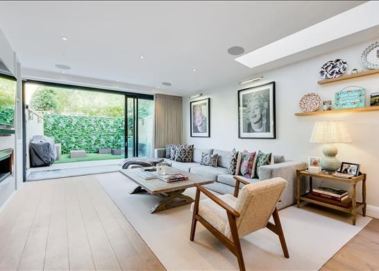 Thumbnail Terraced house for sale in Ashcombe Street, London