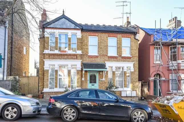 Thumbnail Flat for sale in Elm Park Road, Finchley N3,