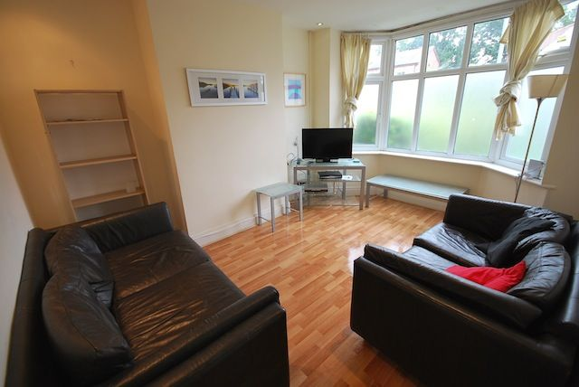 Thumbnail Semi-detached house to rent in Lees Hall Crescent, Fallowfield, Manchester M14 6Xz