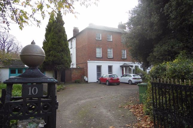5 bed semi-detached house to rent in Aylestone Hill, Hereford HR1