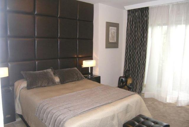 A3939_12_Bedroom of Spain, Málaga, Marbella, Río Real