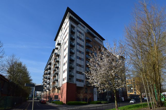 2 bed flat to rent in Xq7, Taylorson Street South, Salford Quays