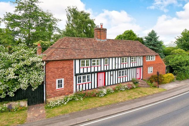 Thumbnail Detached house for sale in Penfold Hill, Leeds, Maidstone