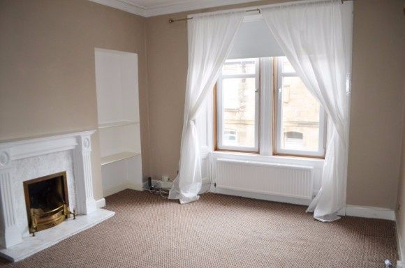 Thumbnail Flat to rent in Comely Place, Falkirk