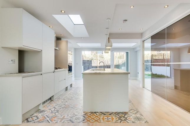 Thumbnail Terraced house for sale in Latchmere Road, Battersea