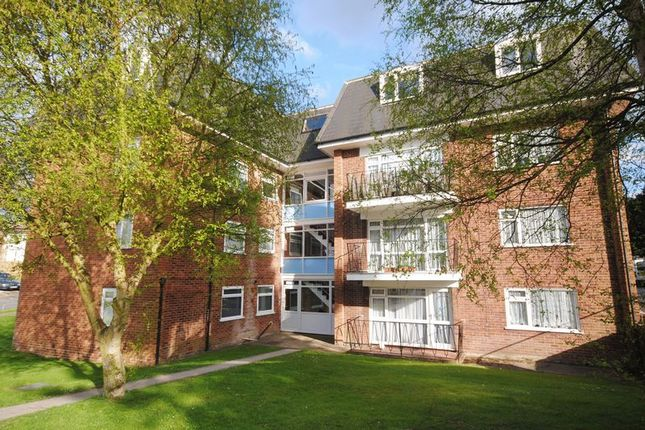 Flat for sale in Old Farm Drive, Southampton