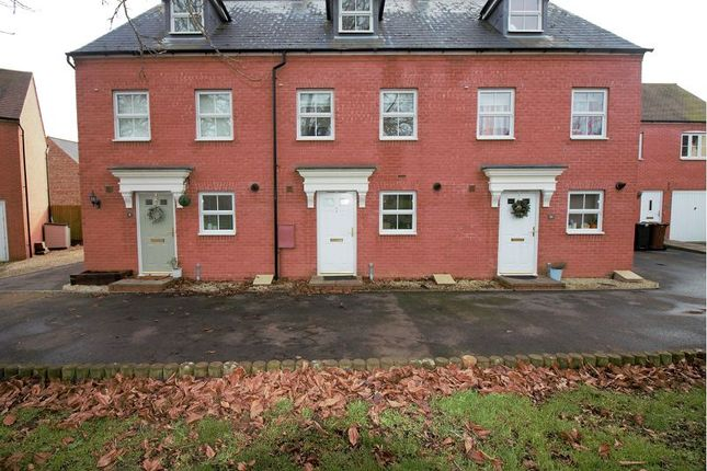 Thumbnail Town house to rent in Thyme Close, Banbury