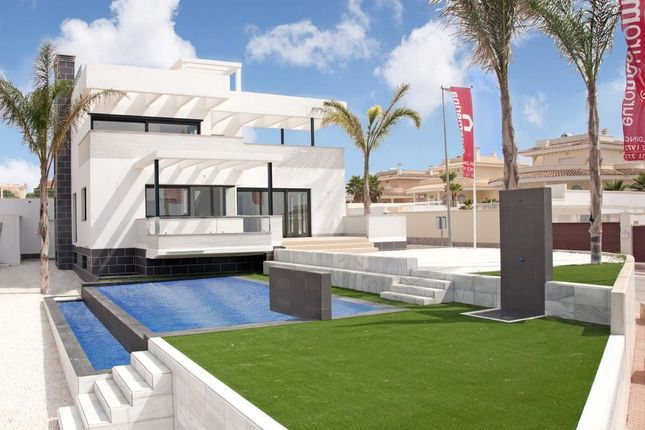 Thumbnail Villa for sale in Spectacular Detached Villa, Ciudad Quesada, Alicante