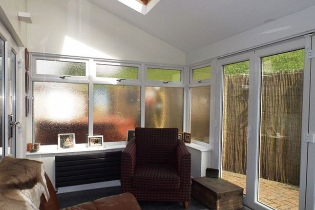 Dilston close pegswood morpeth ne61 2 bedroom semi for Garden rooms dilston