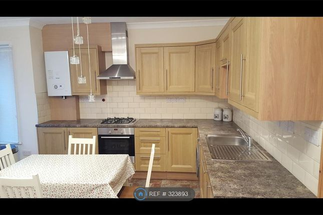 Thumbnail Flat to rent in Cromwell Road, Greater London