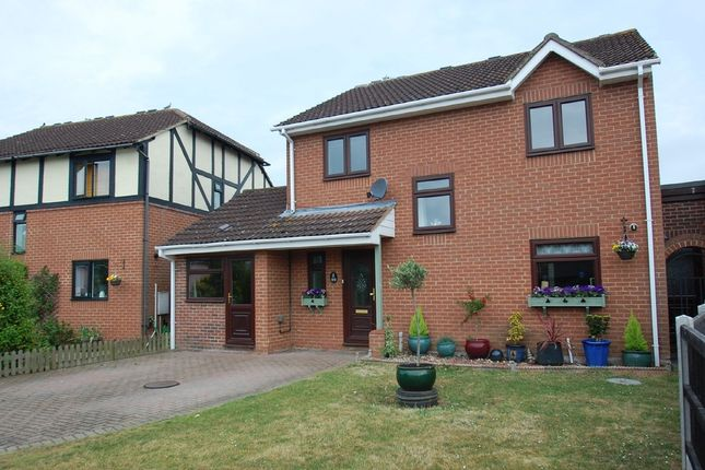 Thumbnail Detached house for sale in Searle Way, Eight Ash Green, Colchester