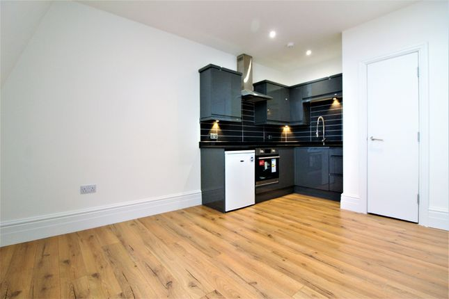 Thumbnail Flat to rent in Pearl Chambers, 22 East Parade, Leeds