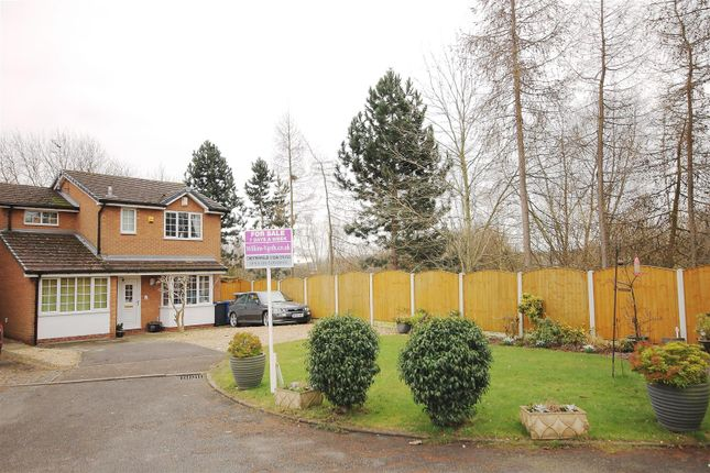 3 bed detached house for sale in Rosedale Avenue, Chesterfield