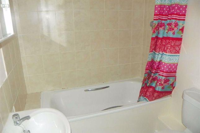Bathroom of Pembroke Street, Pembroke Dock SA72