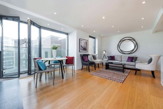 Thumbnail Flat for sale in Hyde Park Square, Hyde Park