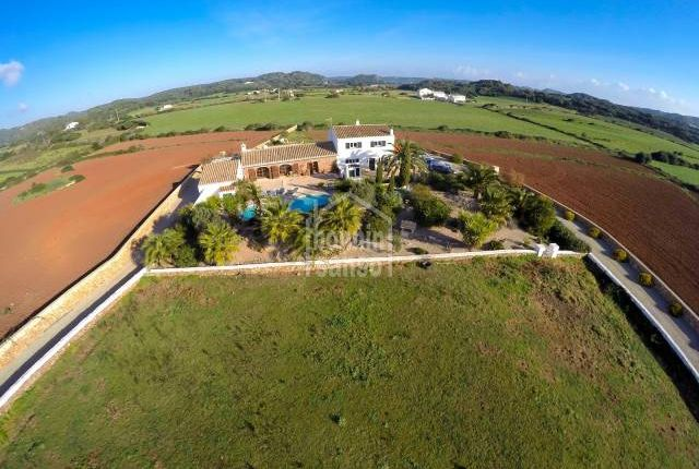 Thumbnail Cottage for sale in Mahon, Mahon, Balearic Islands, Spain