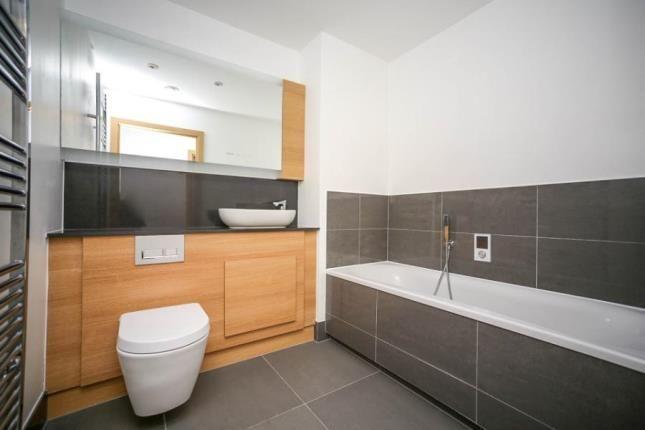 Family Bathroom of Oldfield Place, Dartford, Kent DA1