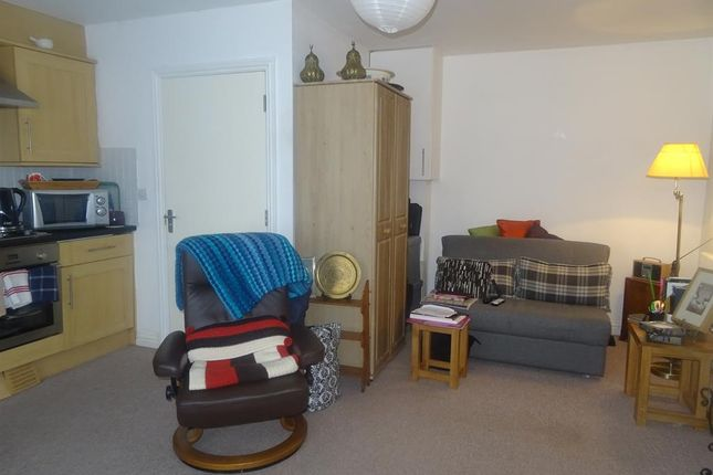 Thumbnail Studio to rent in Wenban Road, Worthing, West Sussex