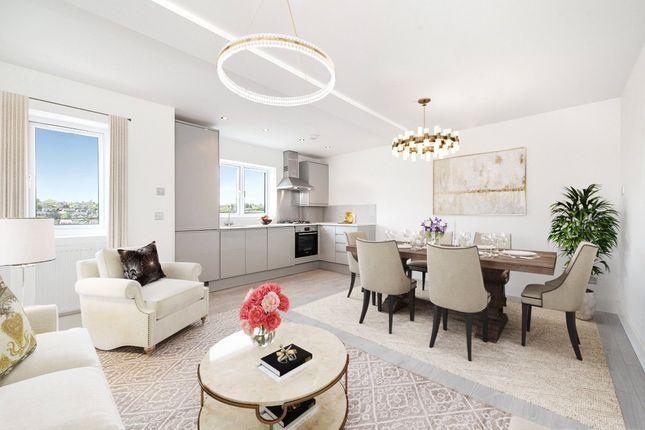 3 bed flat for sale in Geoffrey Keen Road, Hivings Hill, Chesham, Buckinghamshire HP5