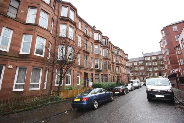 Thumbnail Flat to rent in Flat 3/1, 39 Caird Drive, Hyndland