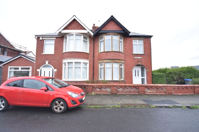 3 bed semi-detached house to rent in Campbell Avenue, Blackpool FY3