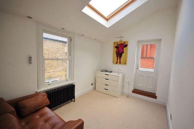 Thumbnail Flat to rent in Brick Lane, London